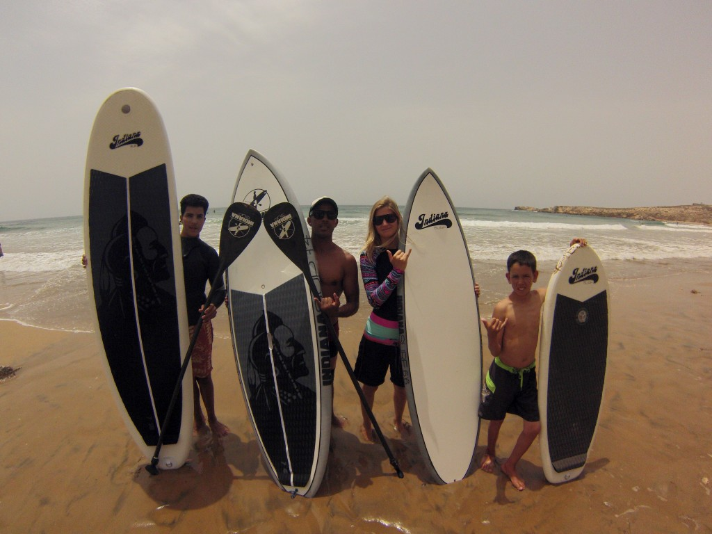 Indiana SUP & Youssef, a SUP(er) love story - TRAVEL SURF MOROCCO